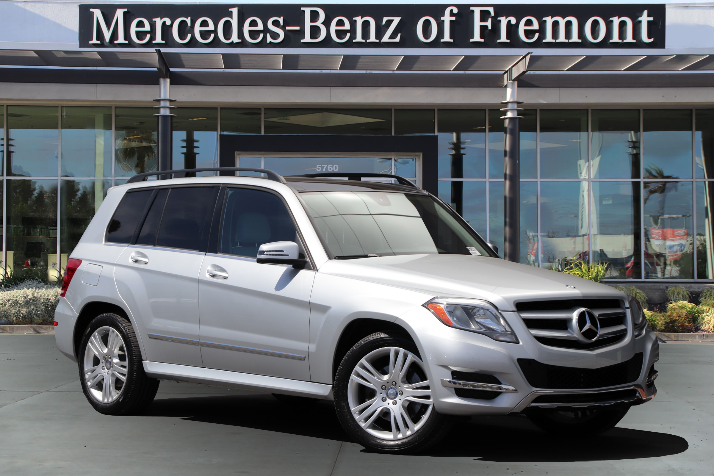Certified Pre Owned 2014 Mercedes Benz GLK 4MATIC® 4dr GLK 350