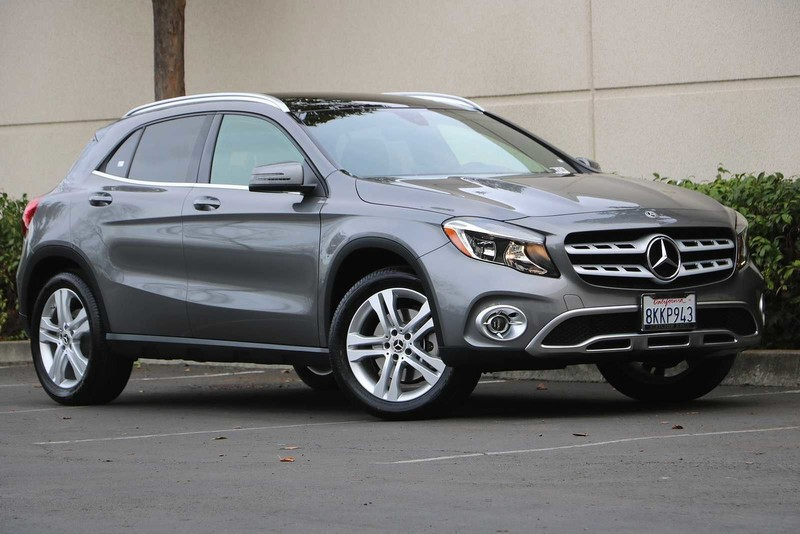 2019 GLA 250 4MATIC® Previous Loaner